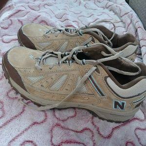 Womens 645 new balance hiking shoes